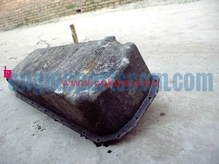engine pan.oil 3895278